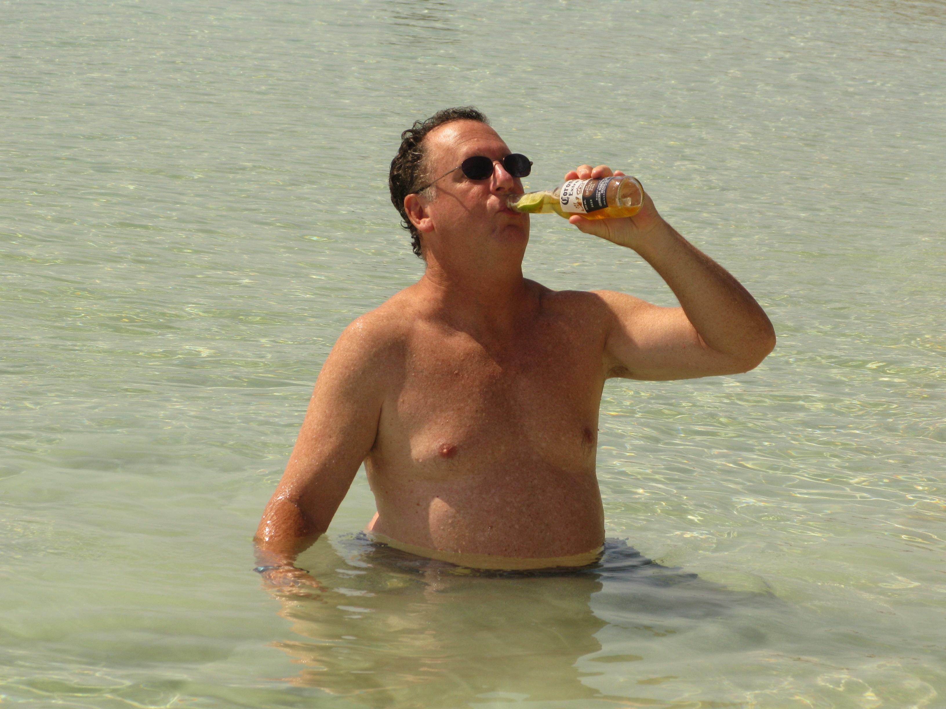 bob_beer_beach